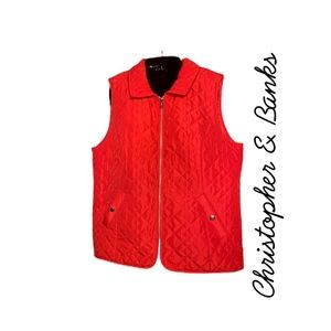 CHRISTOPHER & BANKS Red Quilted Vest.  SZ Large
